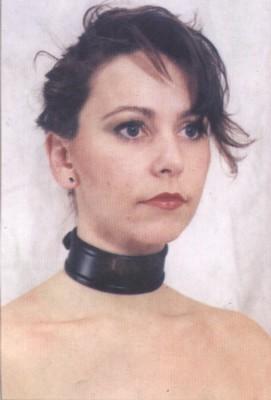 Halsband, smal model, zwart, luxe