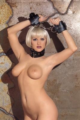 Halsband met bont gevoerd